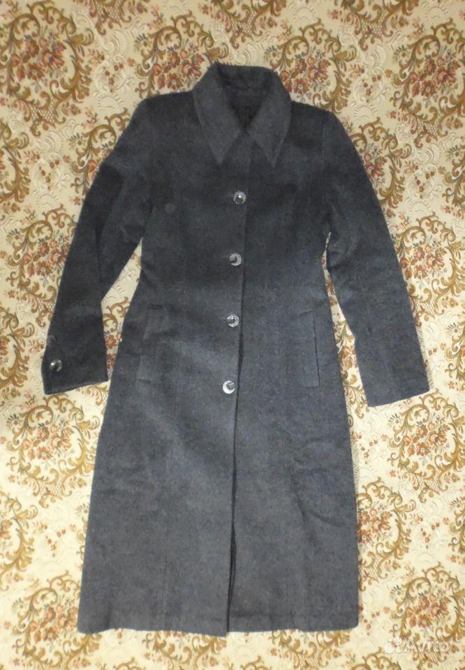 Продам лёгкое женское пальто.Торжокской швейной фабрики, Россия С двумя бок