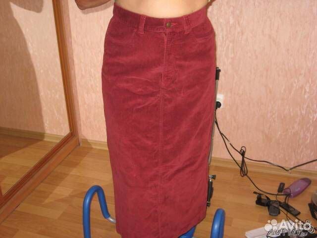 Вельветовую бордовую юбку