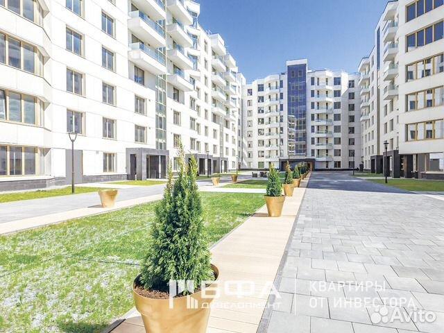 Продается трехкомнатная квартира за 25 300 000 рублей. Санкт-Петербург, Ждановская улица, 45.