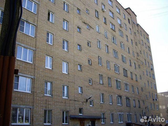 Продается трехкомнатная квартира за 3 100 000 рублей. Московская обл, г Серпухов, ул Ворошилова, д 111.