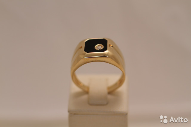Золотой перстень с бриллиантом 0,03ct   Festima.Ru - Мониторинг ... 167d42184f4