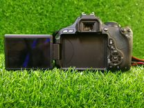 Canon 600D kit 18-135 is