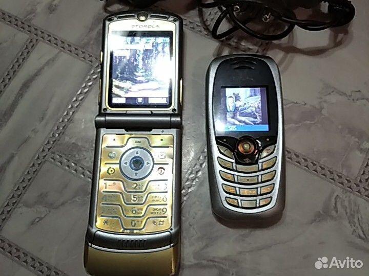 Телефон Motorola v3i и Siemens c65