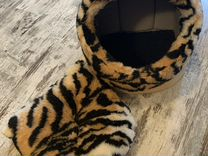 Лежанка-домик для кота или маленькой собачки