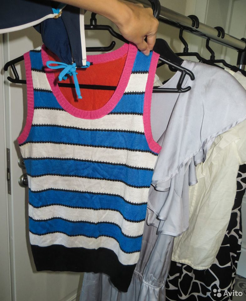 Пакетом летняя одежда на р.42